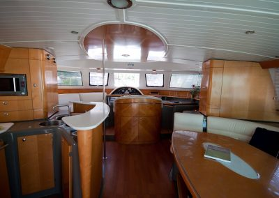 The Queen Marie - Whitsundays Yacht Charter