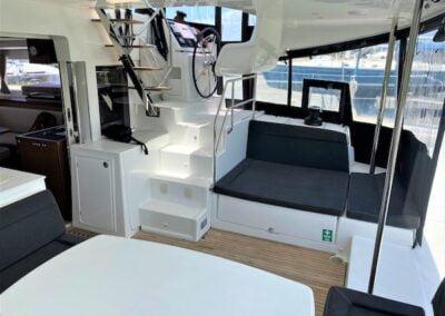 whitsunday-freedom-cockpit-lounge